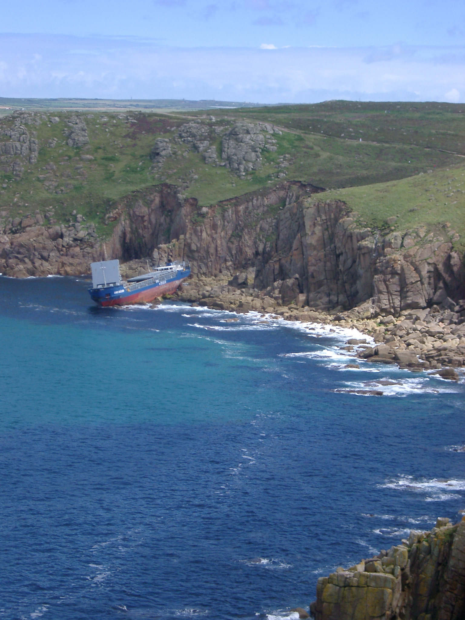 a commercial vessel a wrecked off the treacherous cornish coast - MV RMS Mulheim