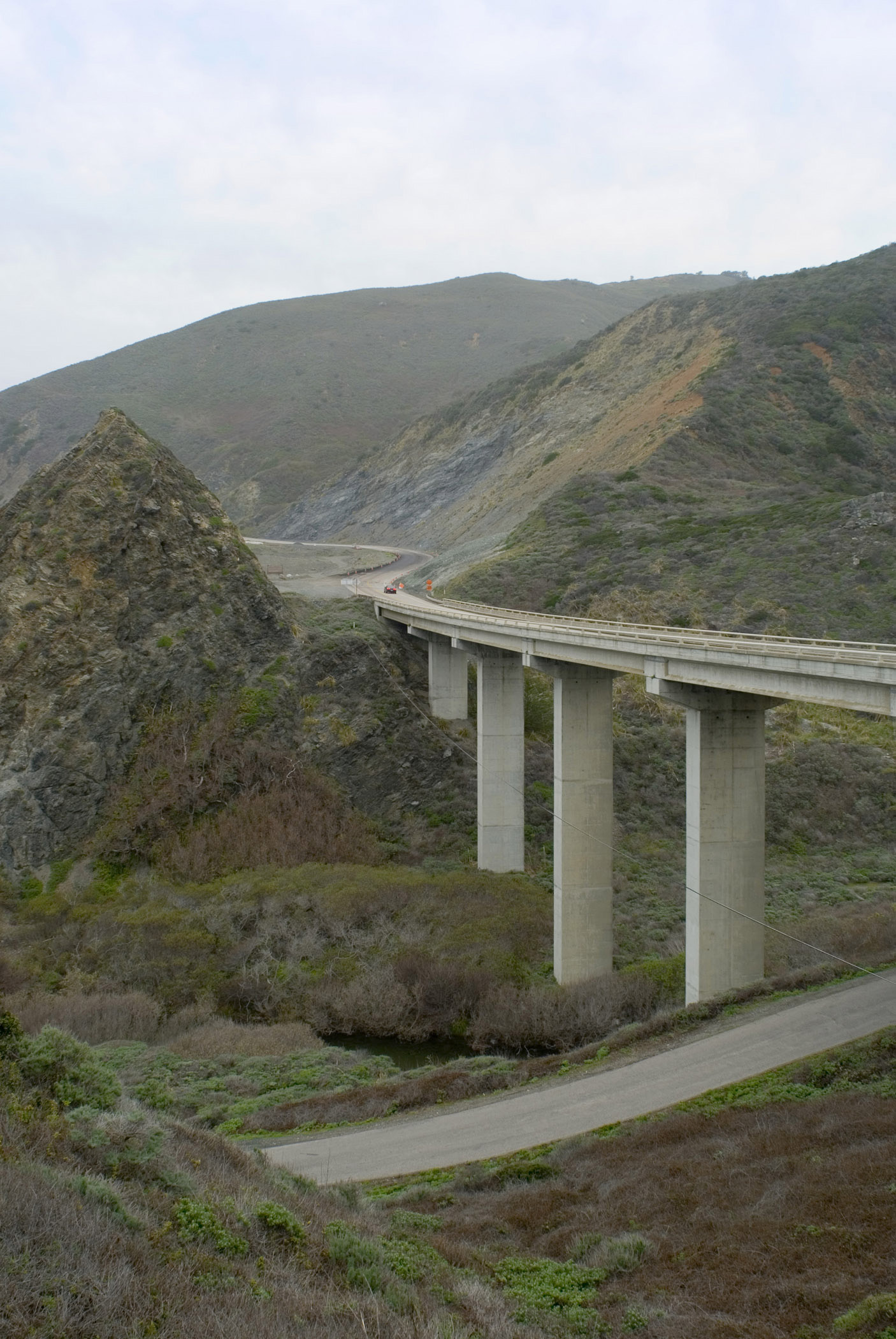 Scenic view of a concrete flyover bridge across a canyon on Highway 1 along the coast of California, USA