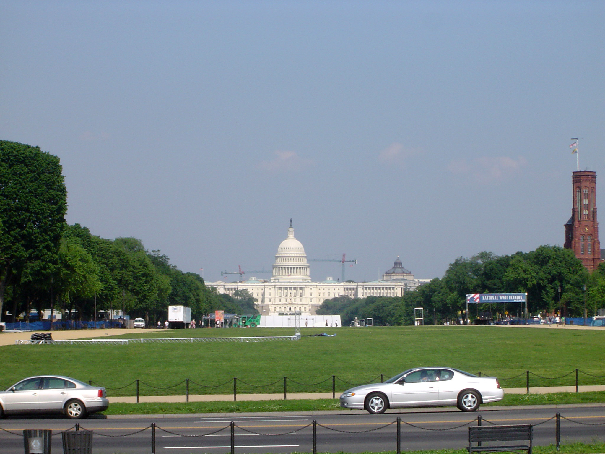 Exterior view of the white domed Capitol Building in Washington, seat of the USA government